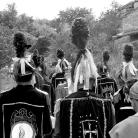 Maggerini in marcia – Campagna di ricerca sui Maggi – Costabona 1966 – Foto © Giorgio Vezzani