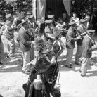 La Banda di Cinquecerri di Ligonchio alla Carbonaia – Campagna di ricerca sui Maggi – Costabona 1966 – Foto © Giorgio Vezzani