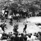 """""""Cilene alla città del sole"""" – La battaglia – Campagna di ricerca sui Maggi, Costabona 1966. Foto © Riccardo Schwamenthal / CTSimages.com – Phocus"""