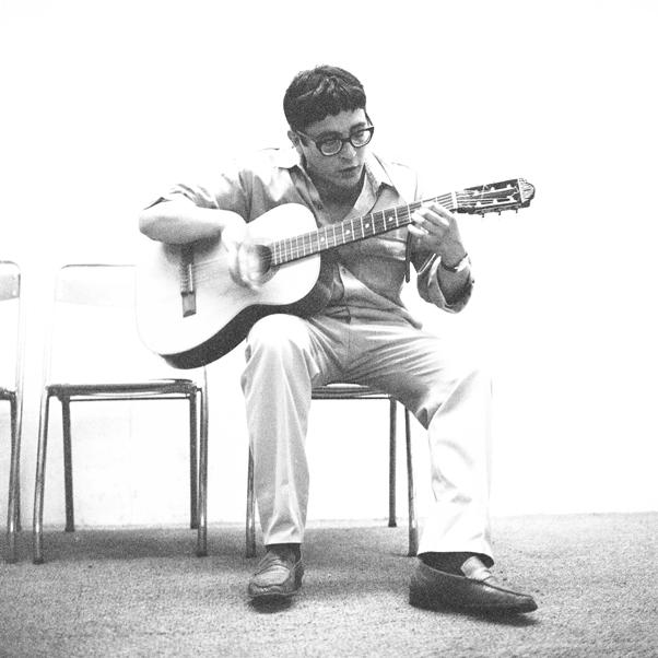 Ivan Della Mea - Milano, Italy, 25 giugno 1965 - Casa della Cultura - Mondo popolare e nuova canzone - Nuovo Canzoniere Italiano - Photo © Riccardo Schwamenthal / CTSimages.com - Phocus